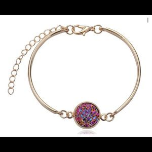 Jewelry - NWT••• Gold/ Purple Drusy Bracelet